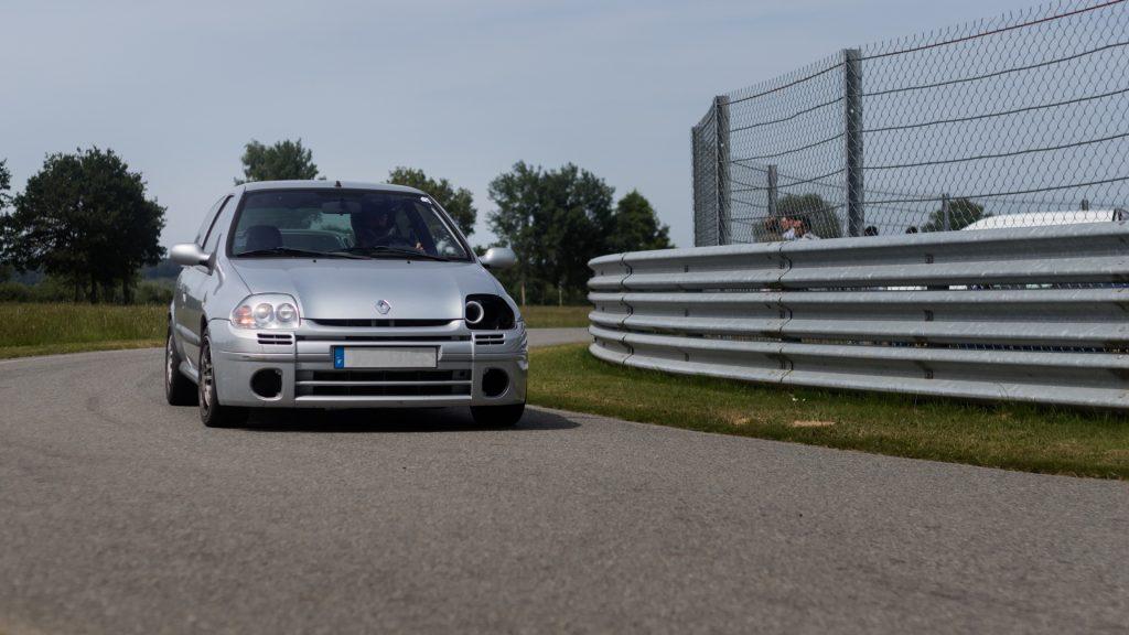 Clio RS1